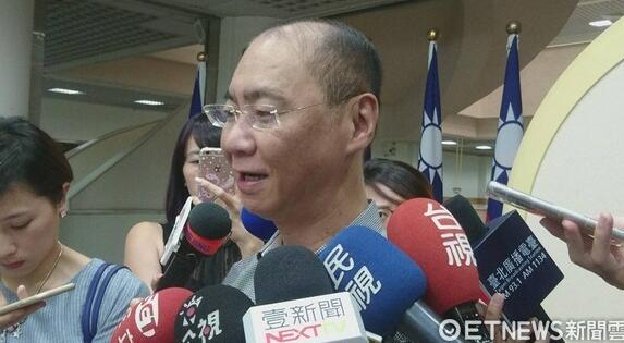 台北市议员凌晨坠楼身亡 开议前一天吞70多颗安眠药 - 后花园网文 - 热点新闻