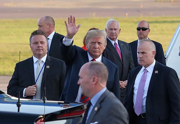特朗普青睐强人政治家 与普京密谈让美欧提心吊胆