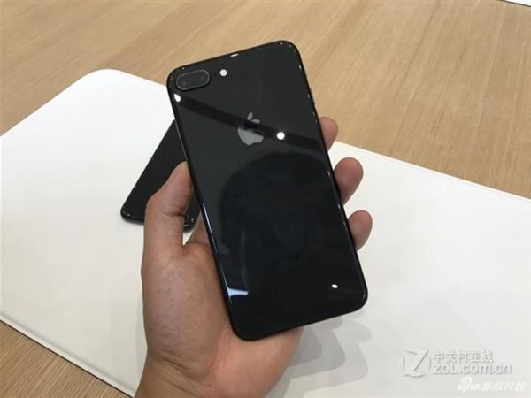 东营苹果iphone 8p 64g报价5800 黑色