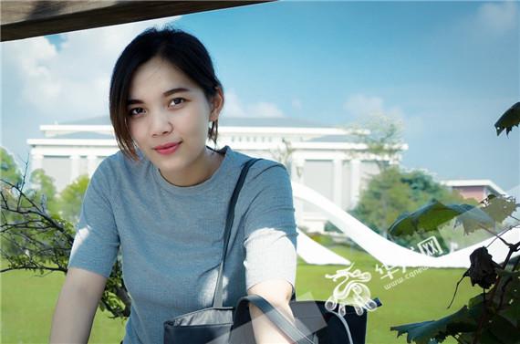 """24岁重庆美女被叫""""汉子"""" 毕业仅一年管400台电梯"""
