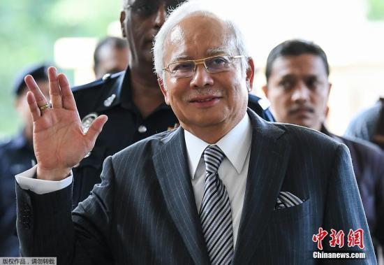"""资料图:据外媒9月19日报道,马来西亚反贪委员会称,马来西亚前总理纳吉布被逮捕,牵涉""""一马发展(1MDB)""""洗钱调查一案。马来西亚反贪污委员会证实,前总理纳吉布19日被捕,并将在20日下午3时被带往吉隆坡地庭第三次面控。图为马来西亚前总理纳吉布资料图片。"""