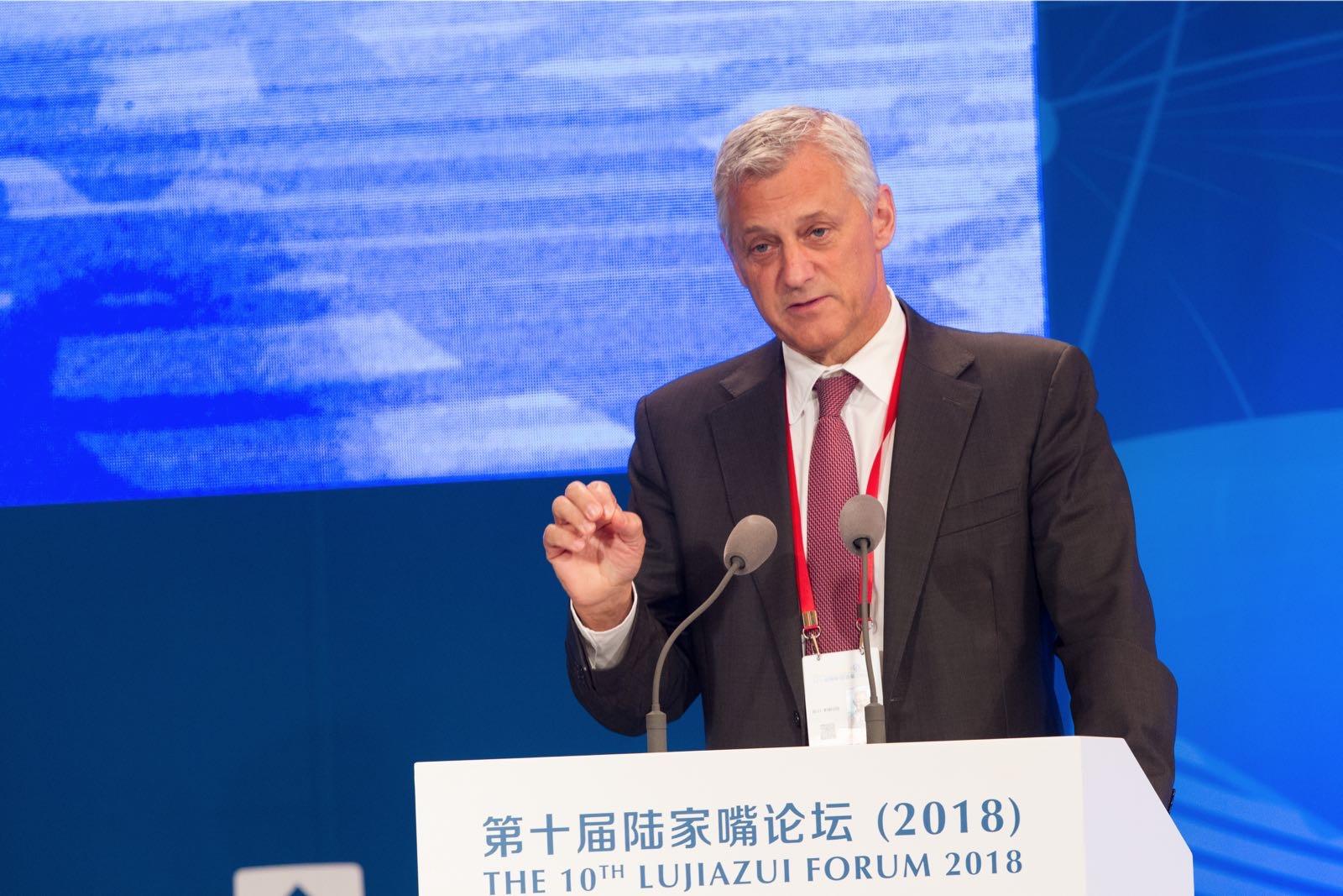 渣打集团行政总裁:警惕全球增长逆转