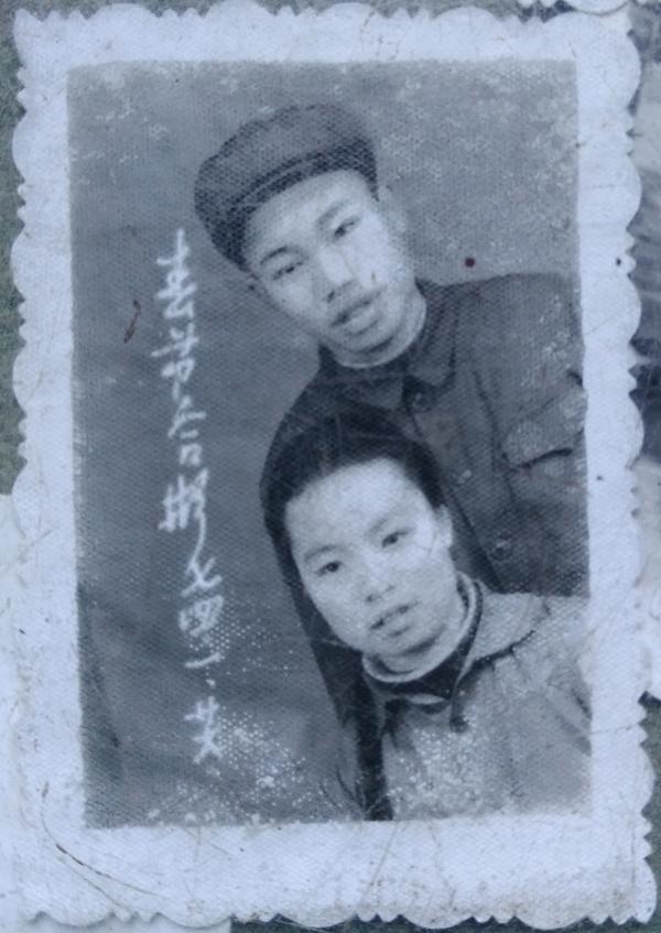 """""""江西毒糖案""""李锦莲被错关20年 妻子死因至今不明"""