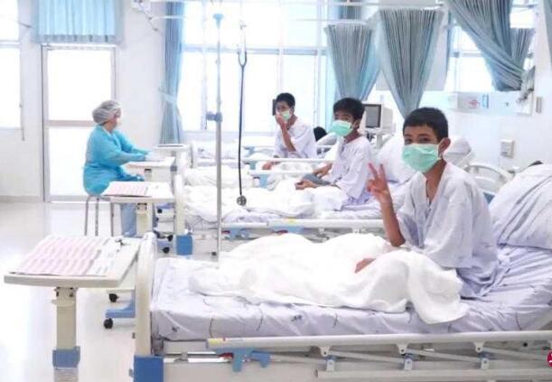 泰受困山洞少年平均瘦2公斤 其中一人出现肺部感染