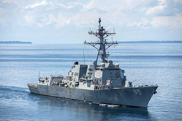 美军驱逐舰绕台湾岛了吗? 专家:或是躲台风