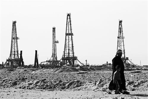 中曼石油签3.82亿元伊拉克合同 低油价时代将成过去?