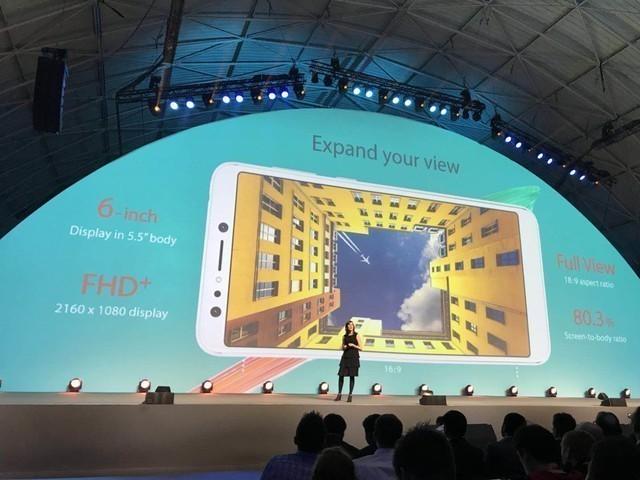 吓尿iPhone X:华硕颁布匹异形片面屏顺手机