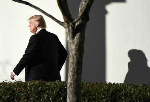 """谈钱不怕伤盟友?特朗普赴北约峰会张口闭口""""都是钱"""""""