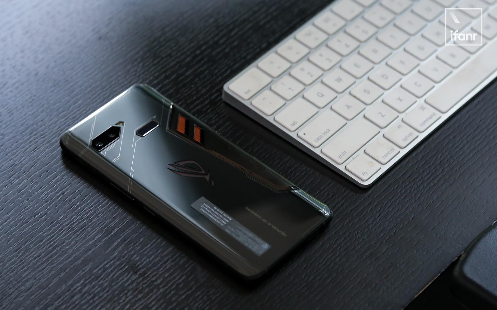 rog phone 评测:一部游戏手机的自我修养