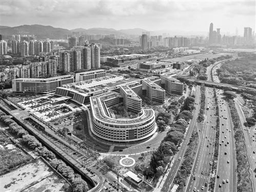 港大深圳医院医改试验: 专业与效率的平衡