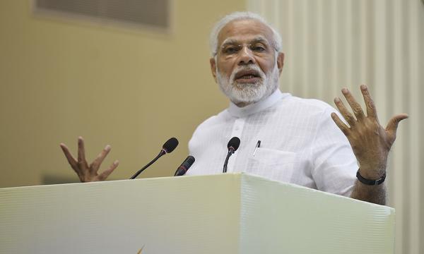 12小时激辩过后 印度总理莫迪度过不信任动议危机