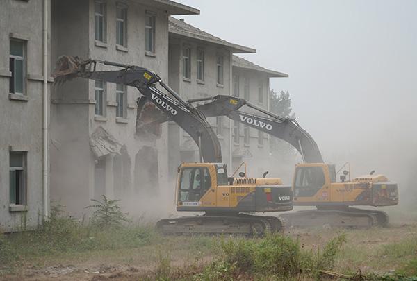 这回动真格了!西安秦岭北麓拆除600多栋违建别墅