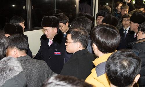 韩高官称金与正或携金正恩亲笔信 朝方称无意会见美国代表(全文)