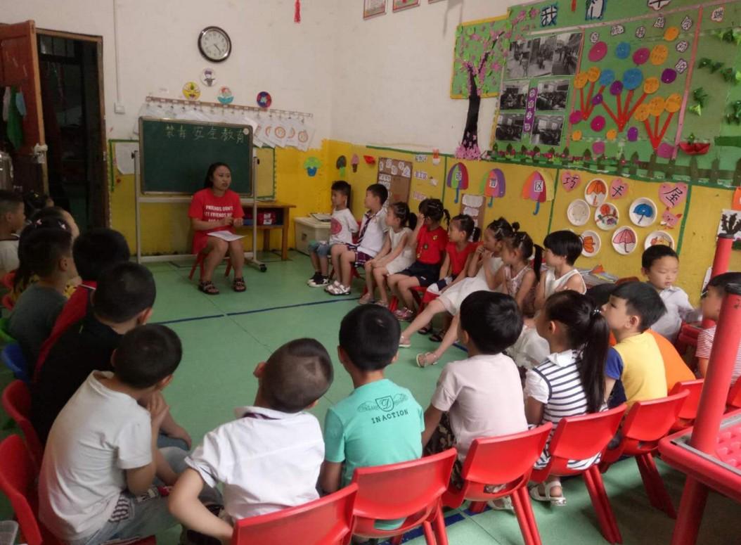 德江县青龙街道金色大地幼儿园毒品预防宣传教育活动