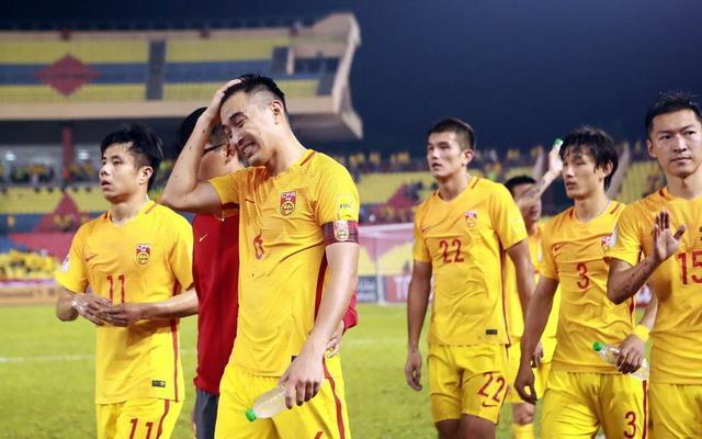 中国队0比5完败对手!中国足球明天在哪?