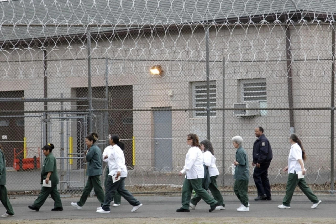 犯人出狱后怎样重返社会,仍是一个非常重大的问题 摄影 |seth