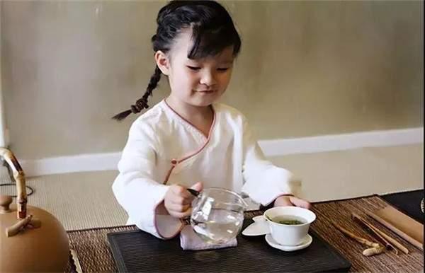 说茶网 儿童可以喝茶吗 多大的小孩可以喝茶