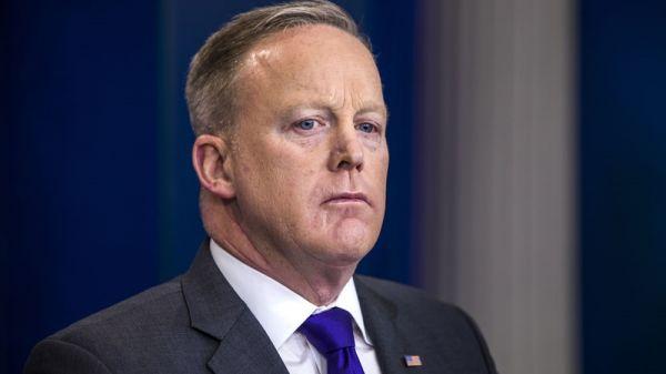 """特朗普的白宫""""朋友圈"""":都有哪些好友被拉黑了?"""
