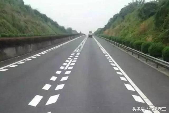 马路上这些标线到底代表什么意思 走错的话就惨了