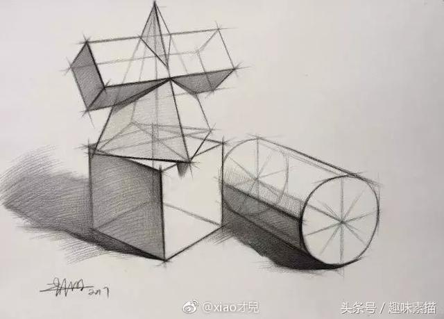 赶紧学   想要深入刻画素描静物,那就得先了解它们的结构.