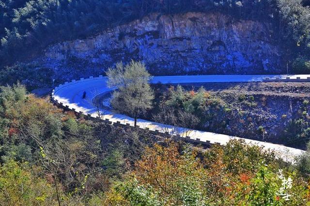 安徽六安私藏了一条风景大道,叫板美国一号公路,很多人并不知道