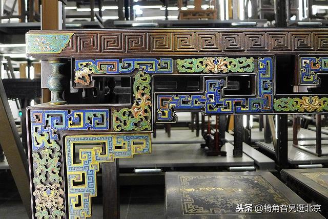沈阳家具馆仓储式展示,三百余件家具宫廷尽收故宫家具厂图片