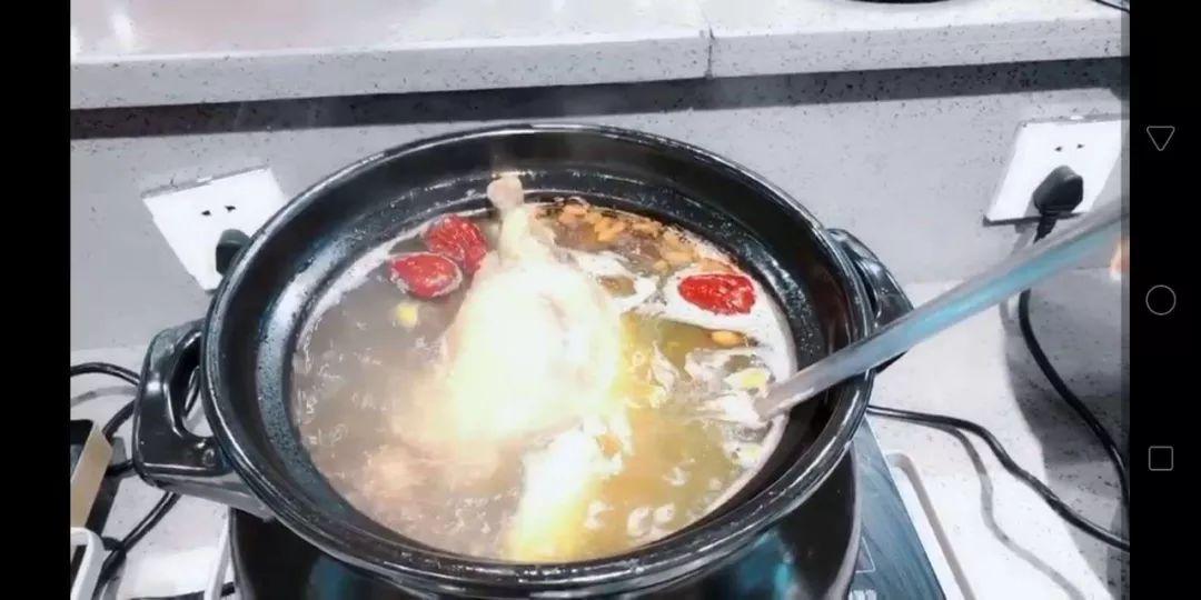 布尔牛排海鲜自助餐厅给秀山广大学子送优惠福利啦!聚餐首选!