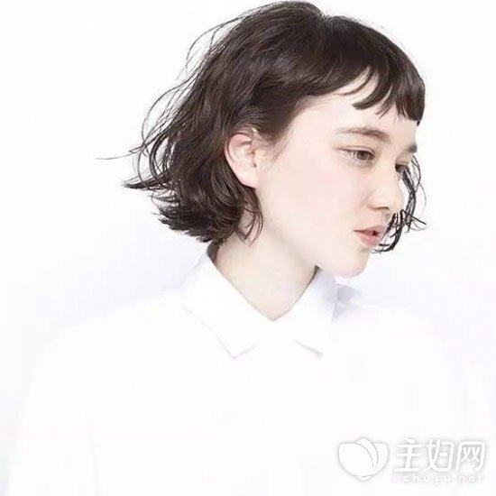 时尚潮女必备短发造型 2017流行短发发型图片