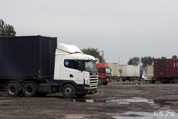 上百万的高端进口卡车都卖给谁了?有钱任性的物流老板