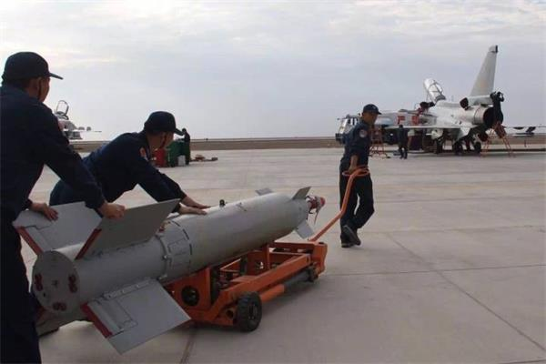 中国歼10战机究竟出现什么变化?让得知细节的